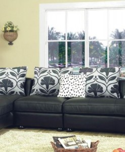 Milan Sectional (8 Cusions Included)